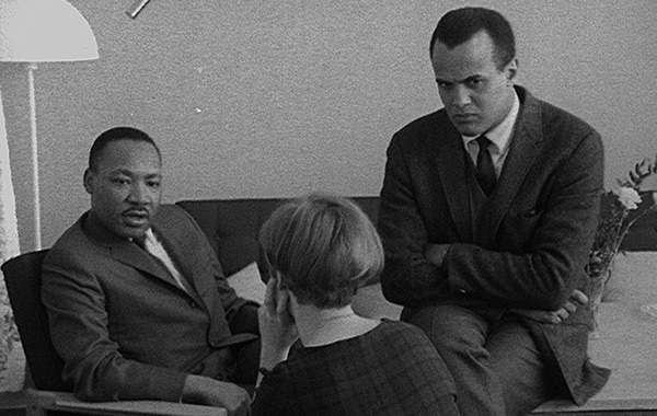 Dr King y Harry Belafonte en The Black Power Mixtape the black power mixtape