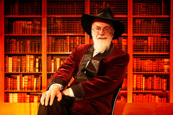 erry-Pratchett-mundodisco-destacada Terry Pratchett Homenaje a Terry Pratchett Terry Pratchett mundodisco destacada