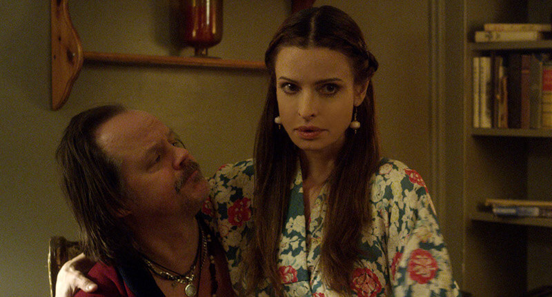 Todavia estamos aqui we are still here Larry Fessenden y Lisa Marie we are still here